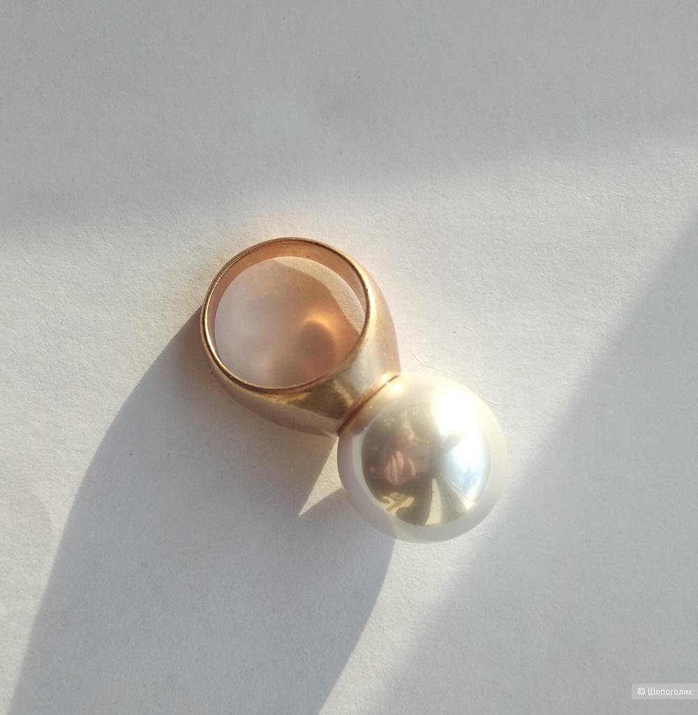 Кольцо, перстень с жемчужиной, Bohemian, р.16-16,5