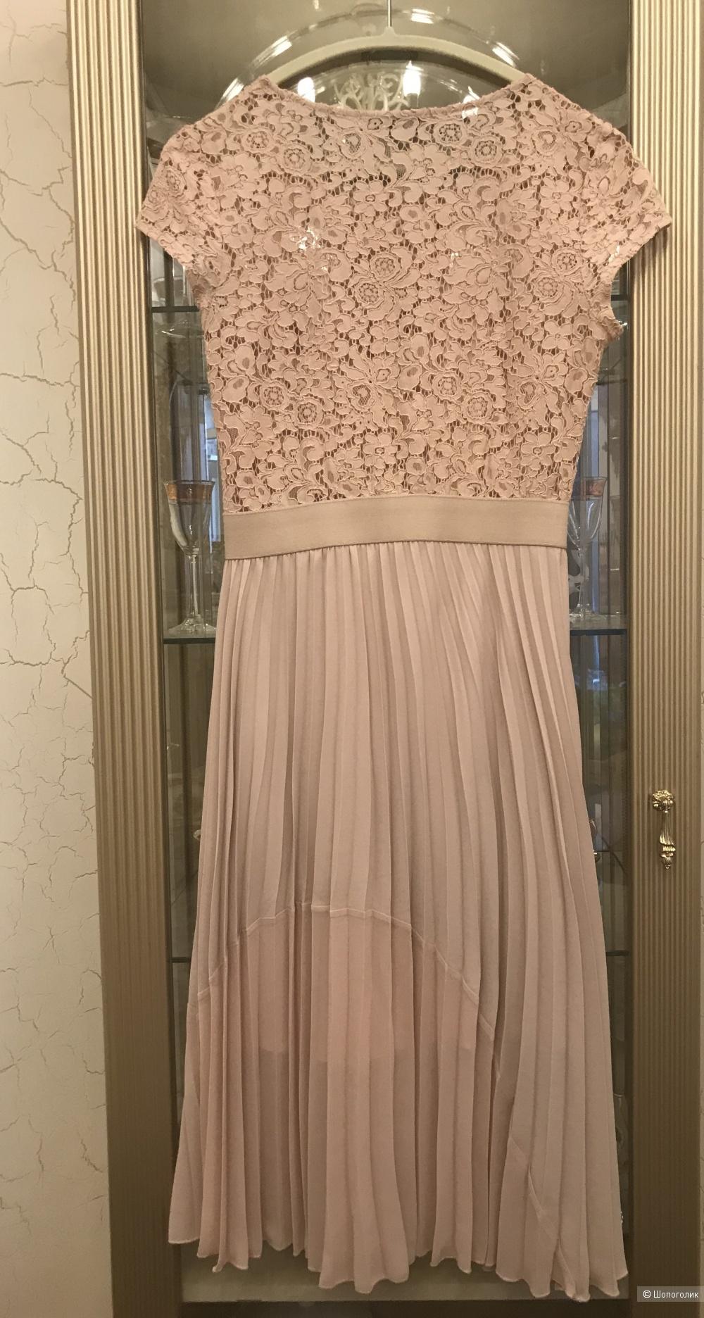 Платье Rinascimento, р. L