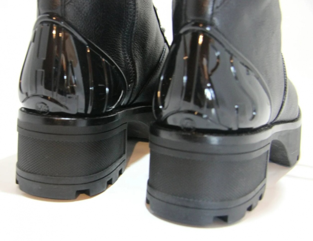 Ботинки Michael Kors размер US 8 на 38/38.5