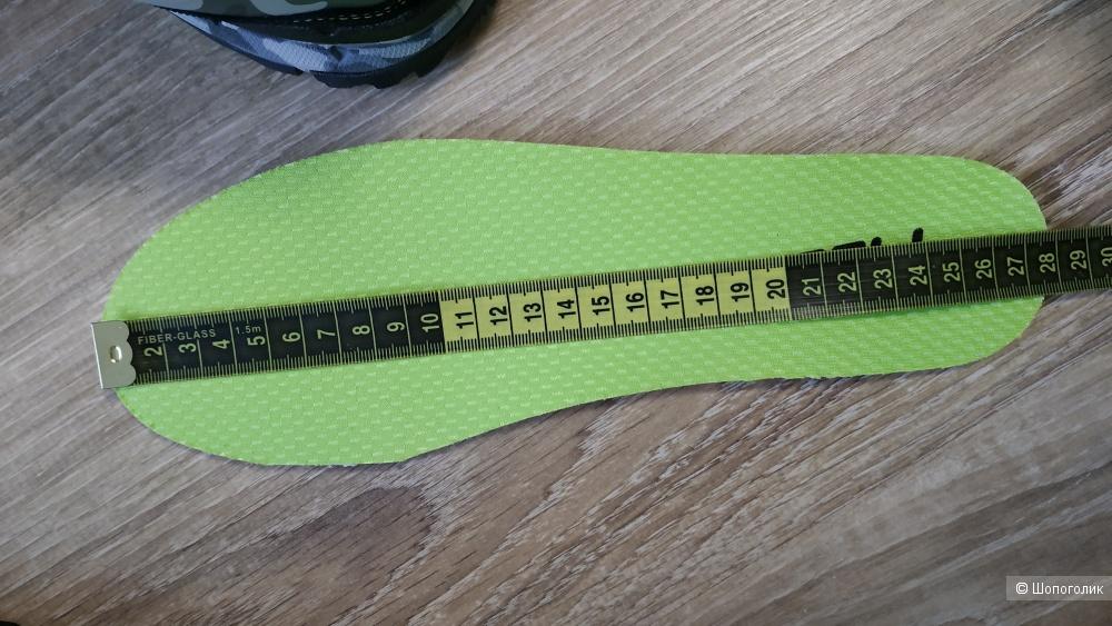 Кроссовки Fila, размер 9