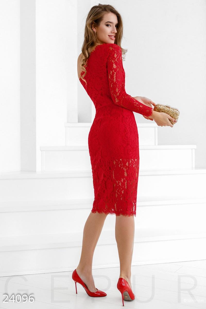 Неординарное коктейльное платье на остатке размер S