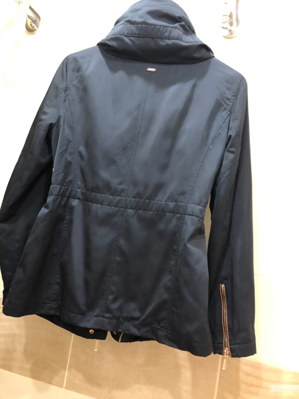 Куртка Esprit.Новая .Размер 44-46.