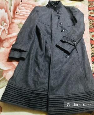 Демисезоннное пальто Maria Rosati размер 46-48