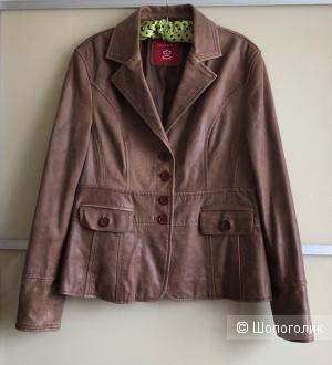 Кожаная куртка(жакет)Laura gi Sarpi948-50)
