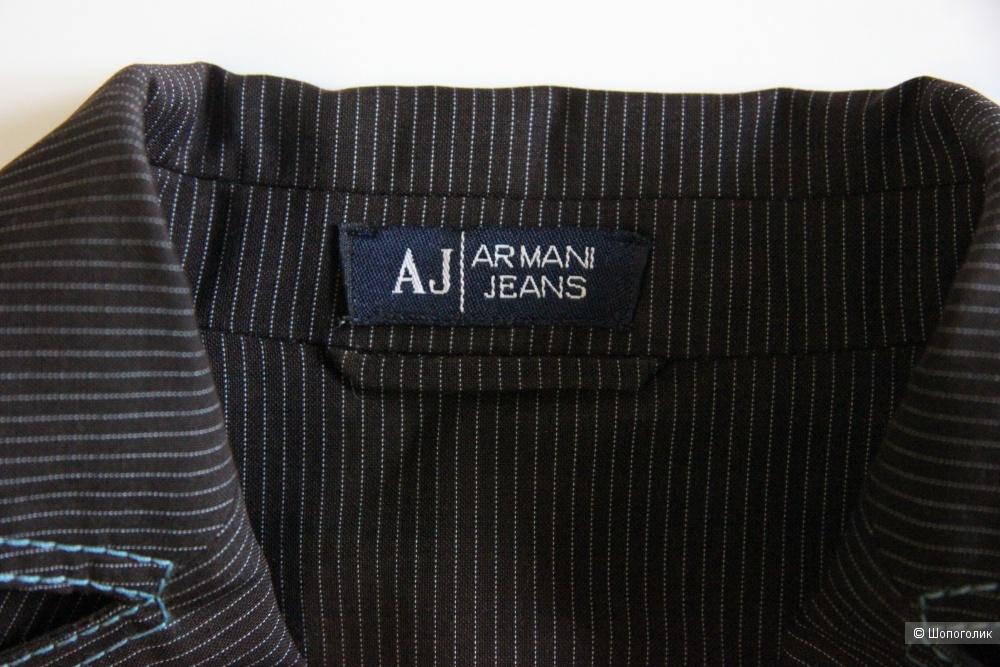 Костюм Armani Jeans размер 44-46(М)