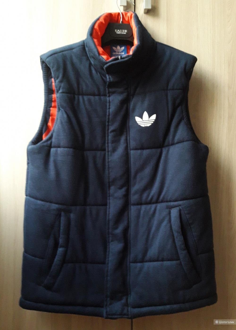 Жилет Adidas, размер XS