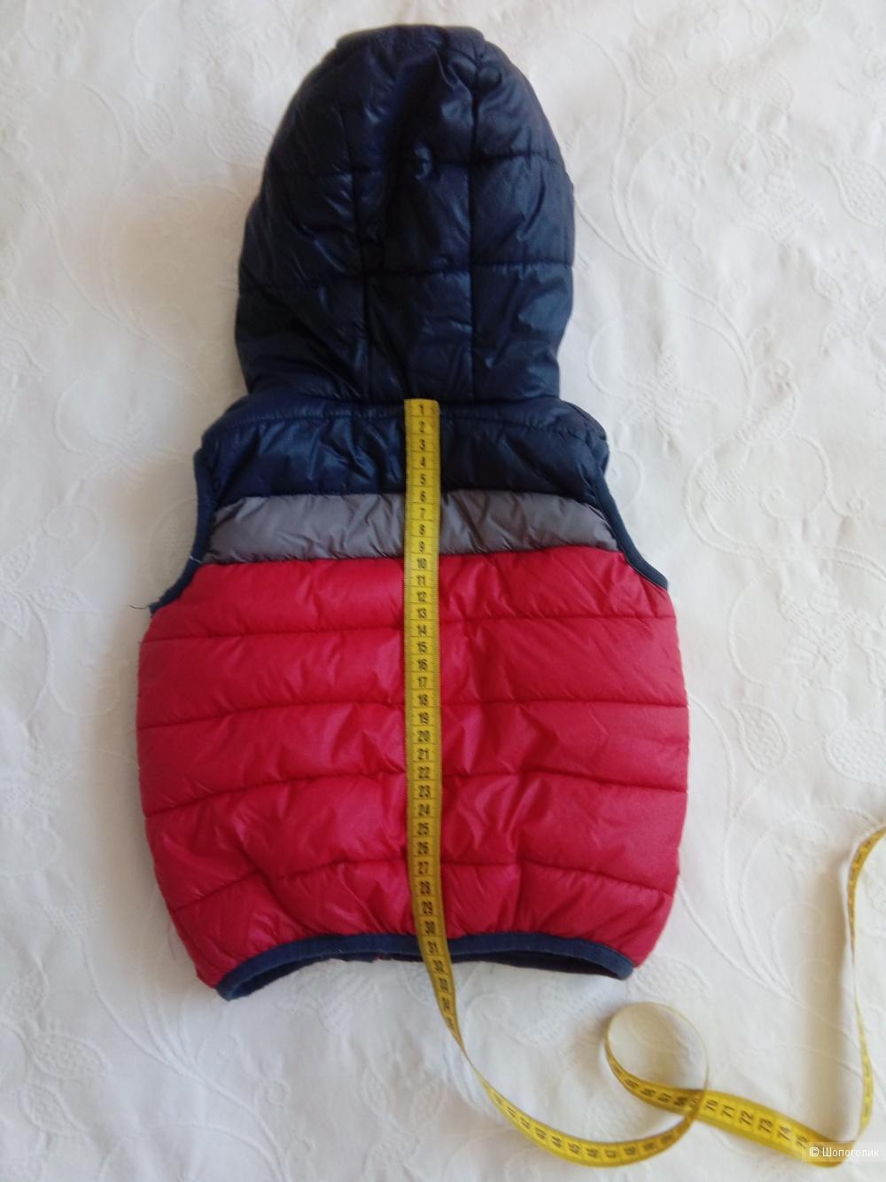 Теплый жилет на синтепоне на ребенка Moncler  размер М