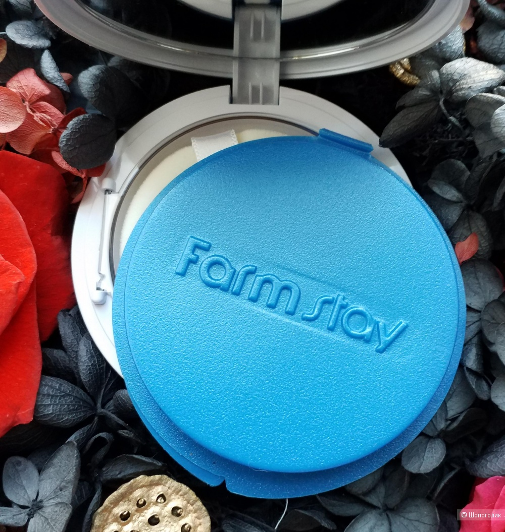 Компактная пудра с коллагеном FarmStay Collagen UV Pact SPF 50/PA+++ в наличии 21 тонн