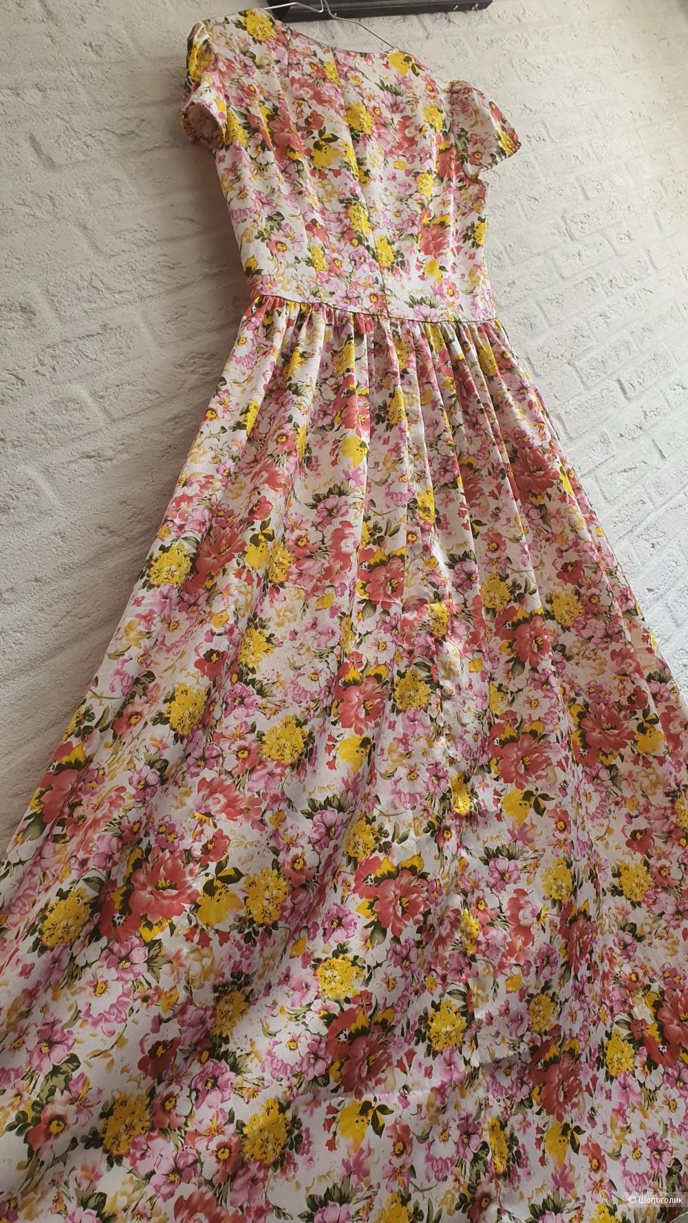 Платье Anna Verdi (размер 42)