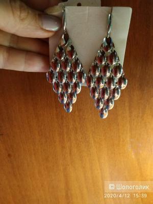 Серебряные серьги fidelis