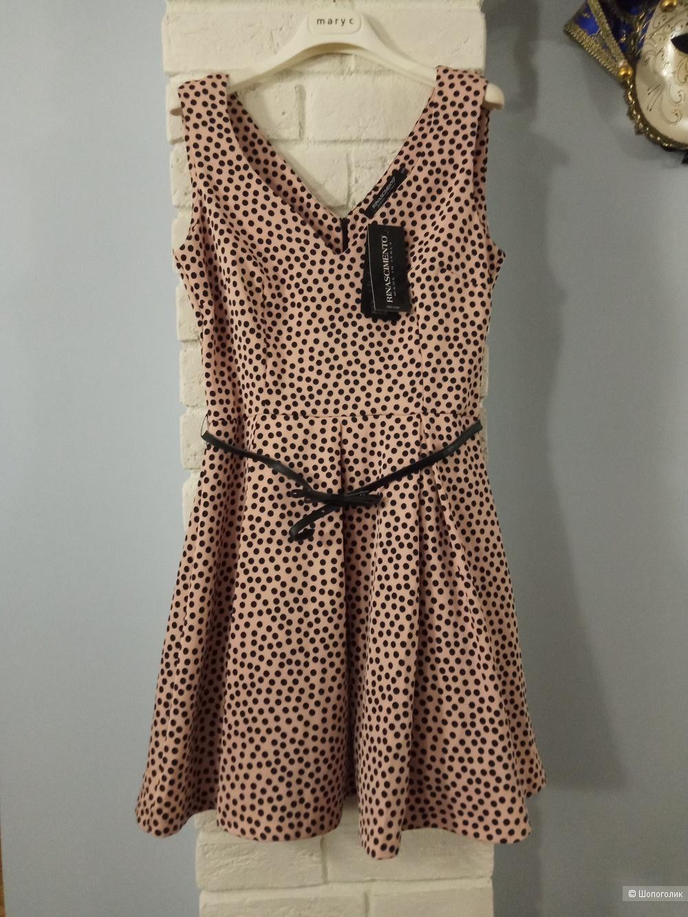 Платье RINASCIMENTO  размере S.