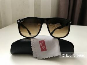 Солнечные очки Ray Ban Highstreet 4147, размер 60/15