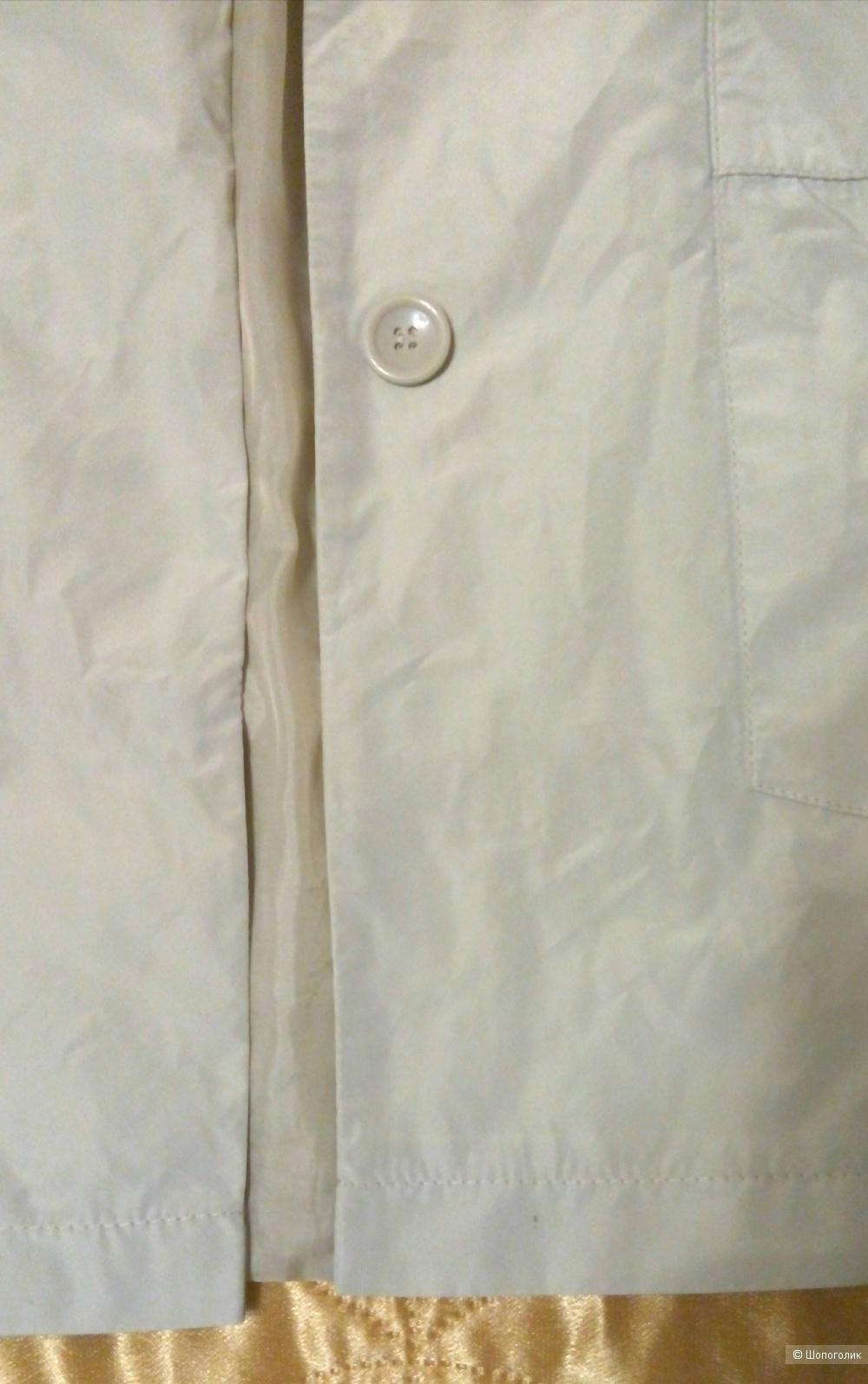 Ветровка La Reine Blanche размер 48-50