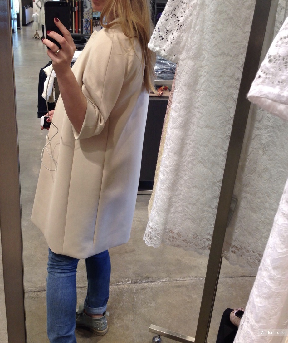 Пальто Dolce&Gabbana на 42-44