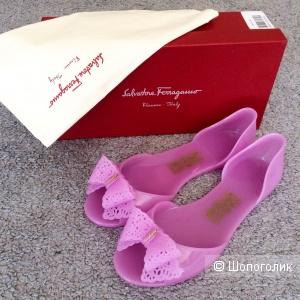 Сандали мыльницы Salvatore Ferragamo размер 40