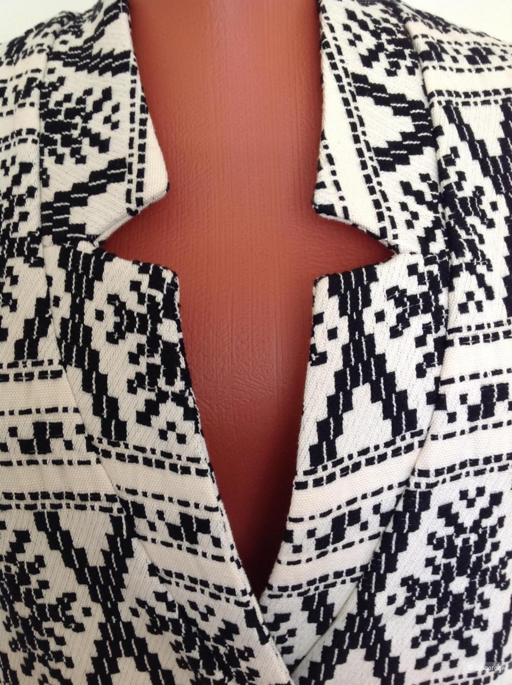 Лёгкое пальто без рукавов/жилет Kaos, размер 46IT