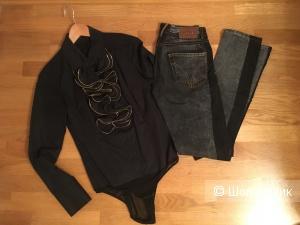 Сет: джинсы Dolce@Gabbana, рубашка BCBGMaxazria. XS