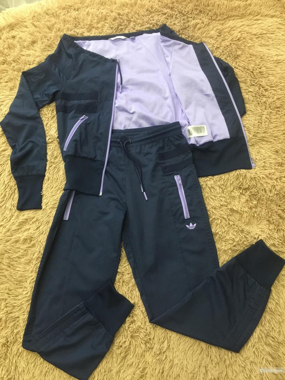 Спортивный костюм Adidas, р. 36 (rus 44)