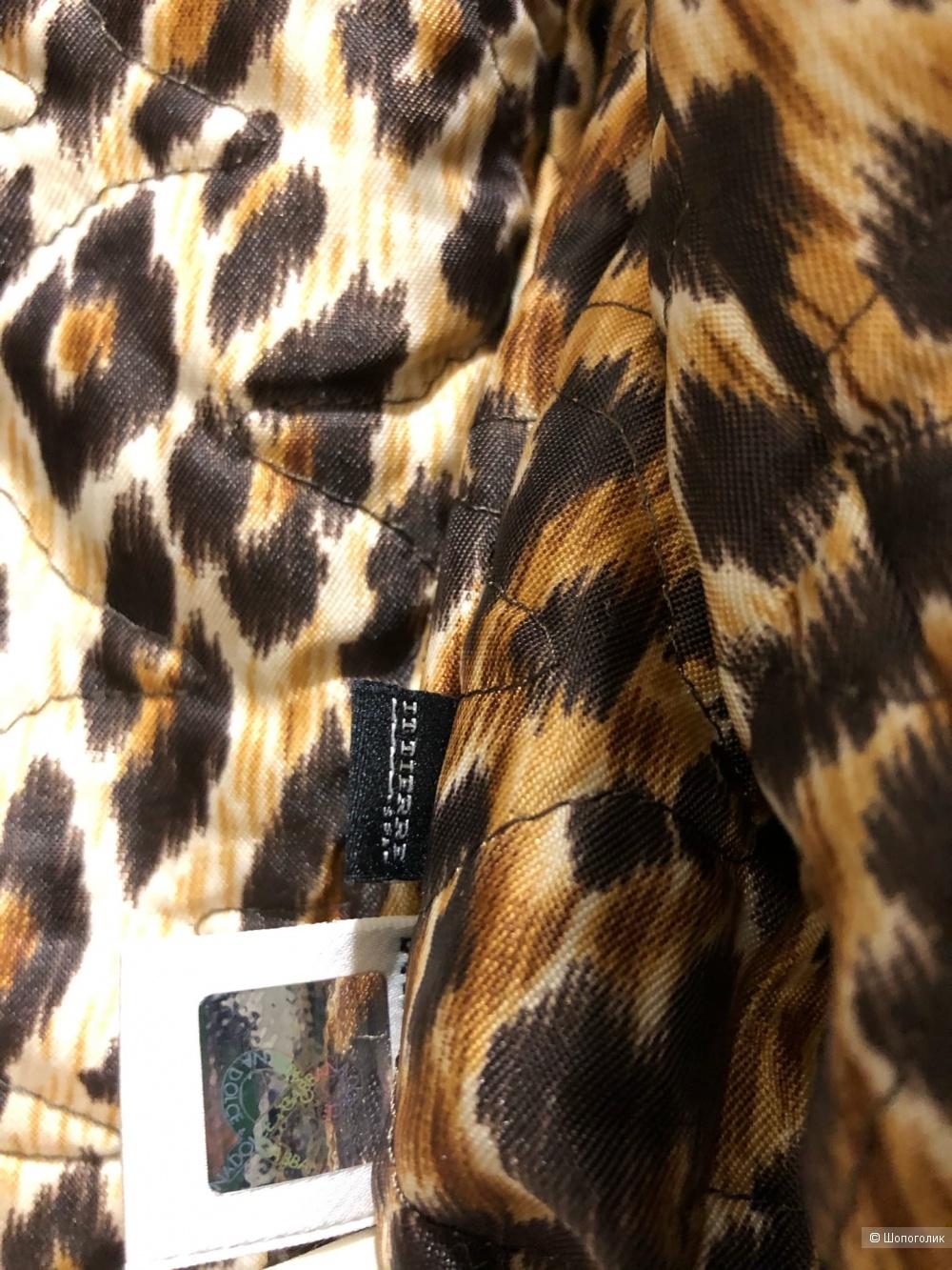 Костюм Dolce & Gabbana.Размер S-M.