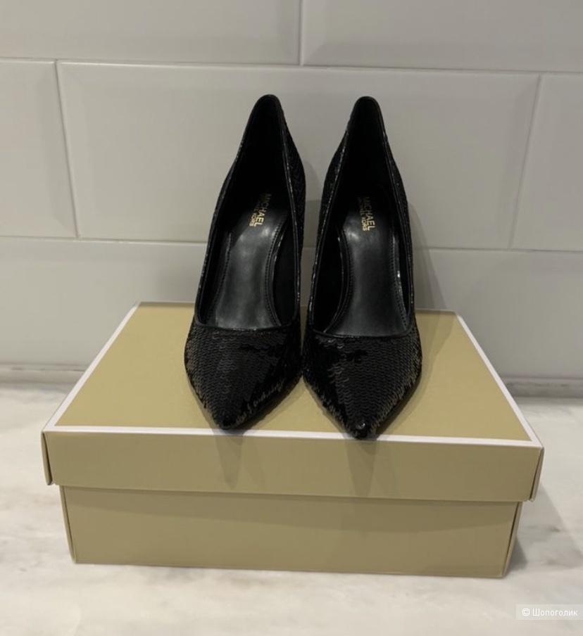Новые  и очень эффектные туфли Michael Kors 7 Us, 36-36,5