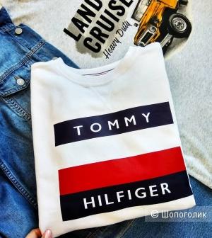 Толстовка  Tommy Hilfiger  размер 42