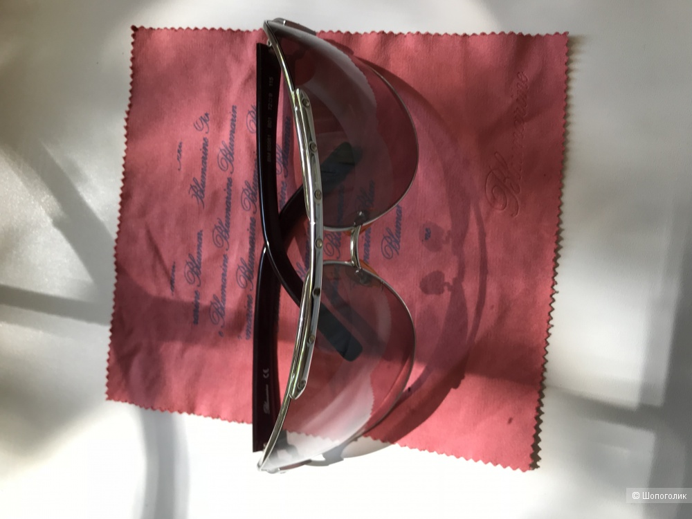 Солнечные очки Blumarine
