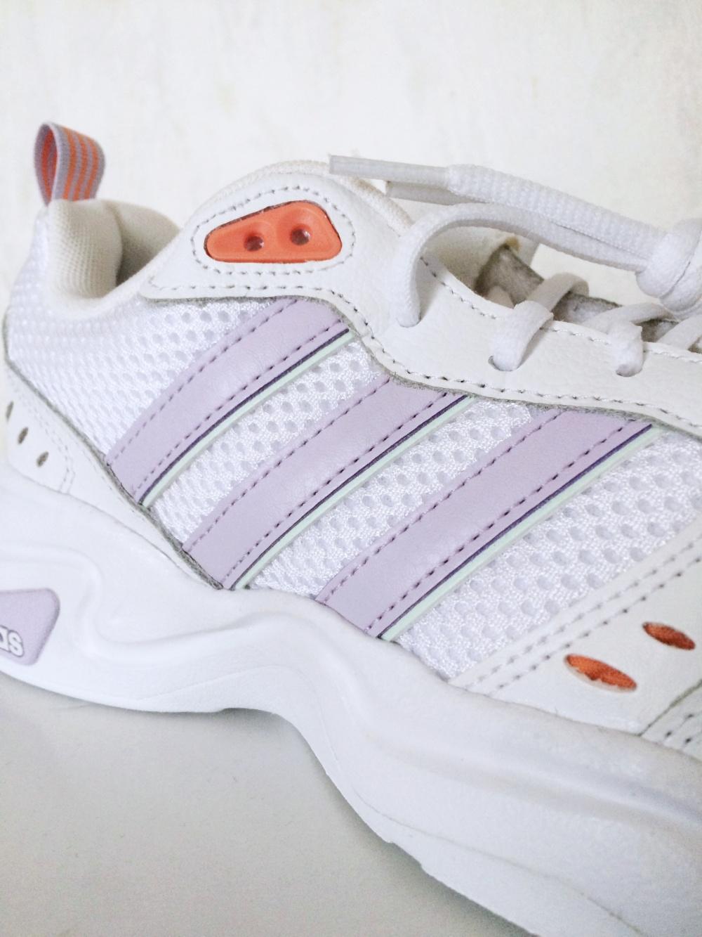 Кроссовки adidas, размер 38,5