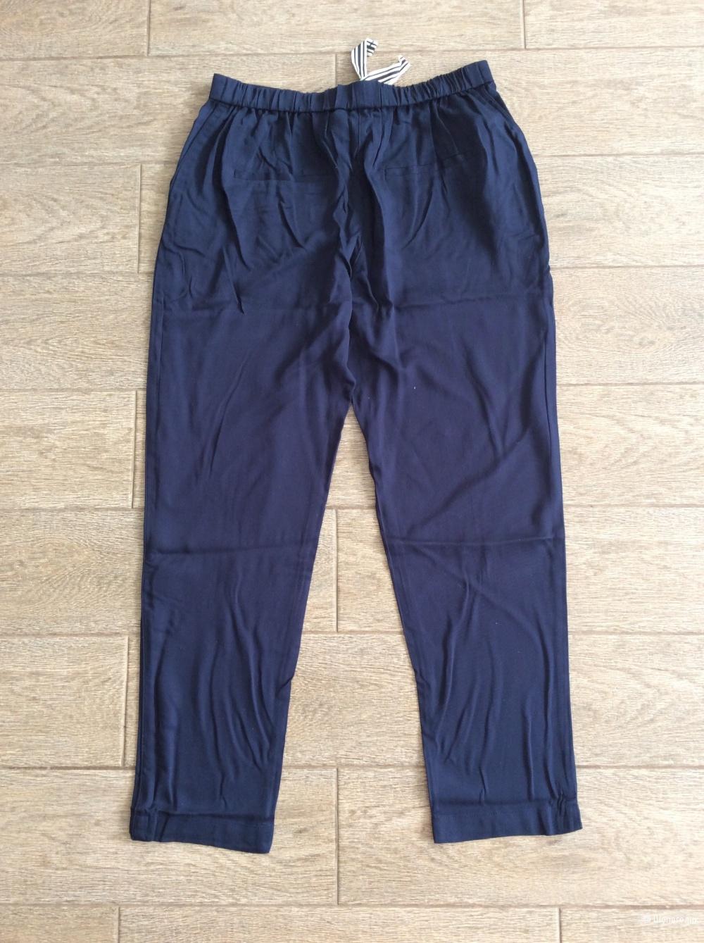 Легкие брюки MANGO р.М (на 46-48).