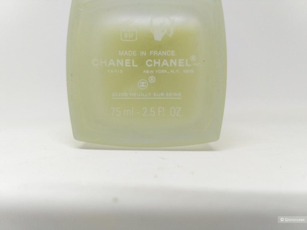 Chanel L'eau tan спрей для тела освежающий с эффектом автозагара от 75 мл