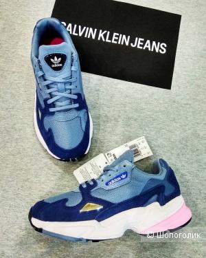 Кроссовки Adidas  36 и 37  размер