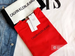 Футболка Calvin Klein размер xs