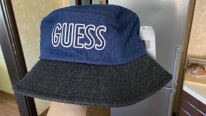 Панамка Guess