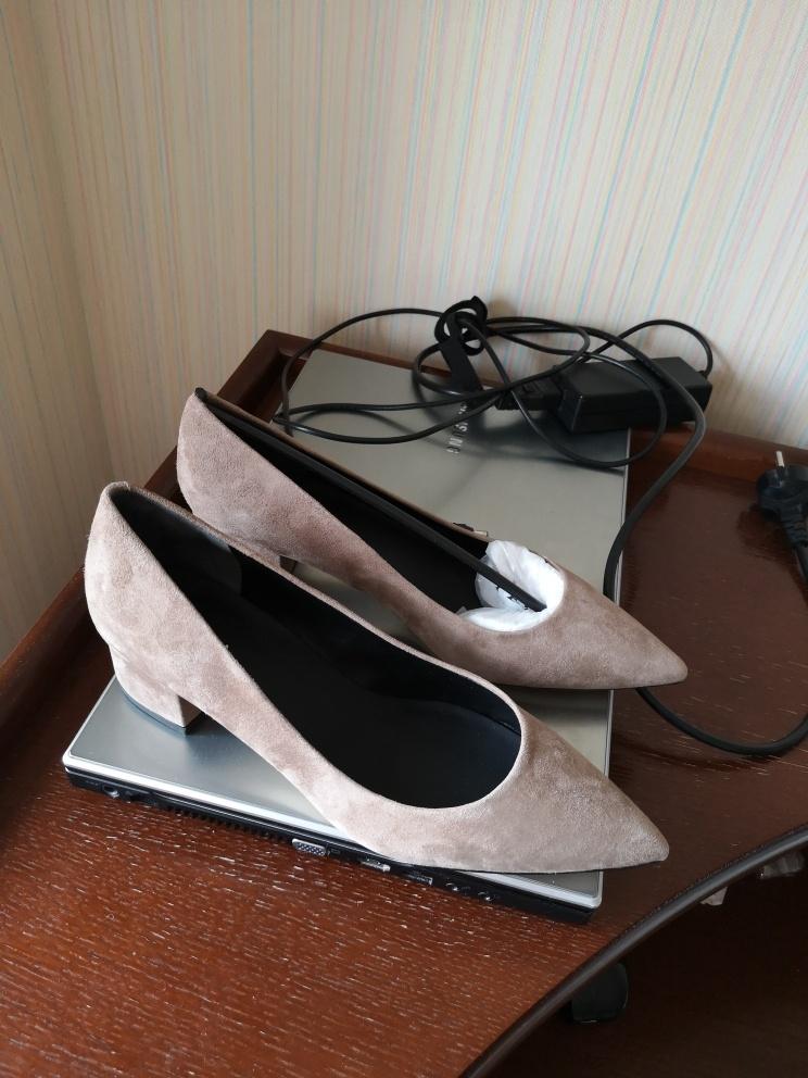 Туфли-лодочки Via Spiga, 7US