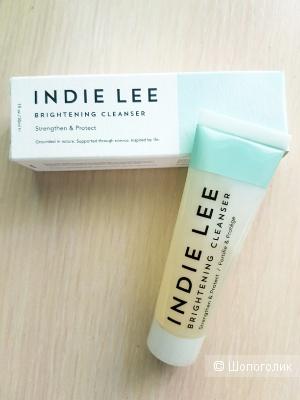 Желе для умывания Indie Lee Brightening Cleanser 30мл.