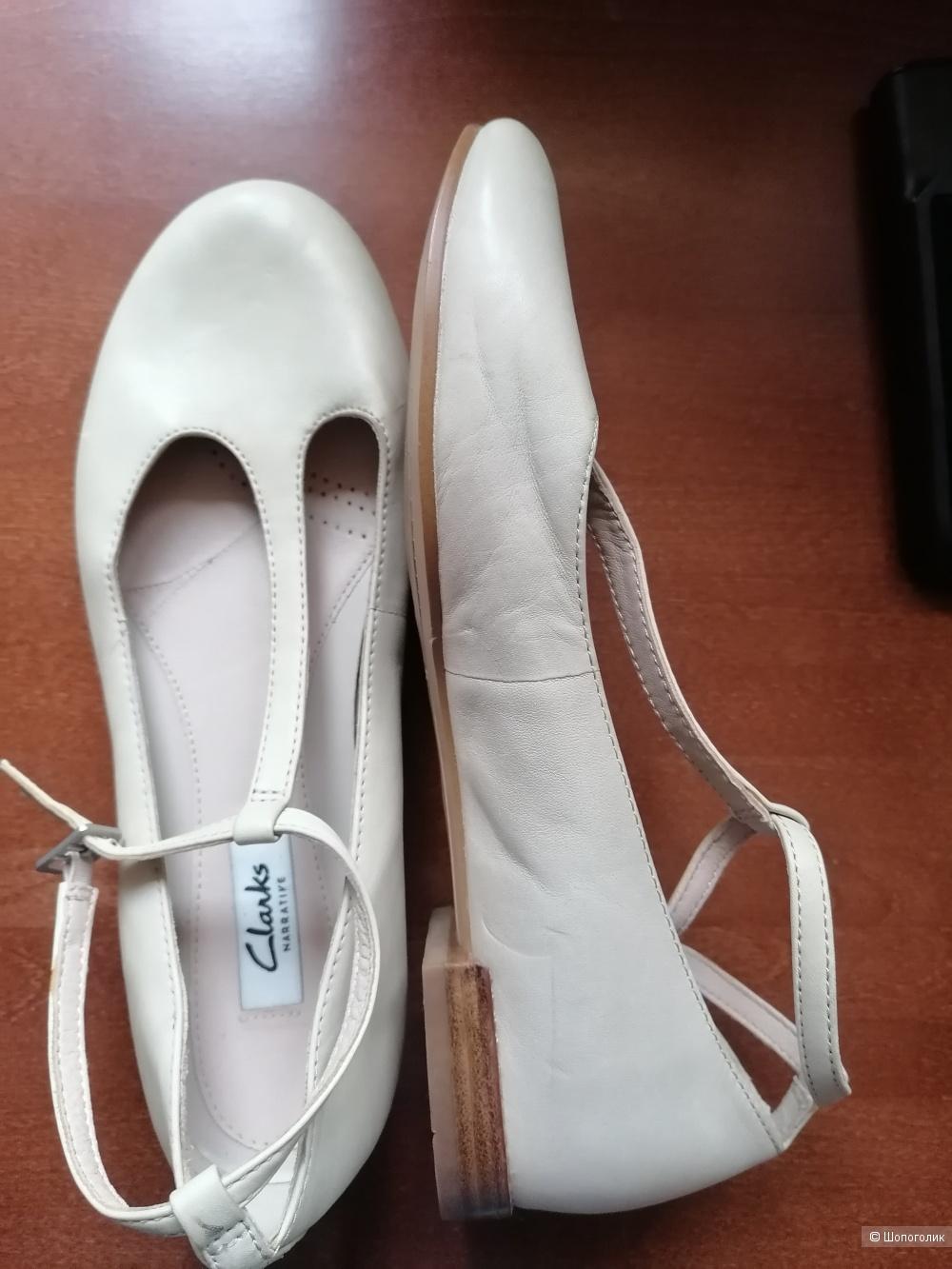 Кожаные туфли Clarks 37.5 размера