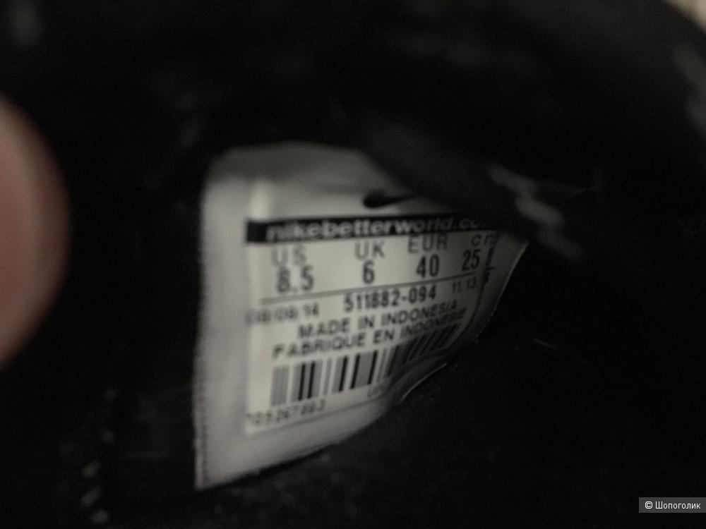 Кроссовки Nike Roshe Run размер 39