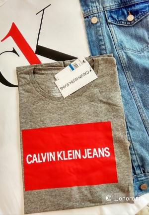 Футболка Calvin Klein 44-46 размер