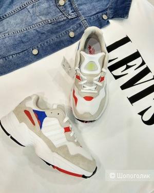 Кроссовки Adidas Yung 36-36.5 и 37.5-38 размер