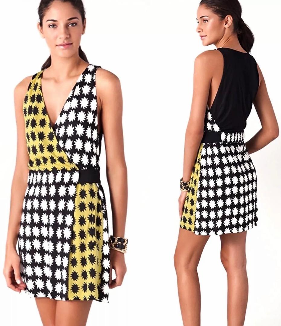 Шелковое платье от Diane von Furstenberg S