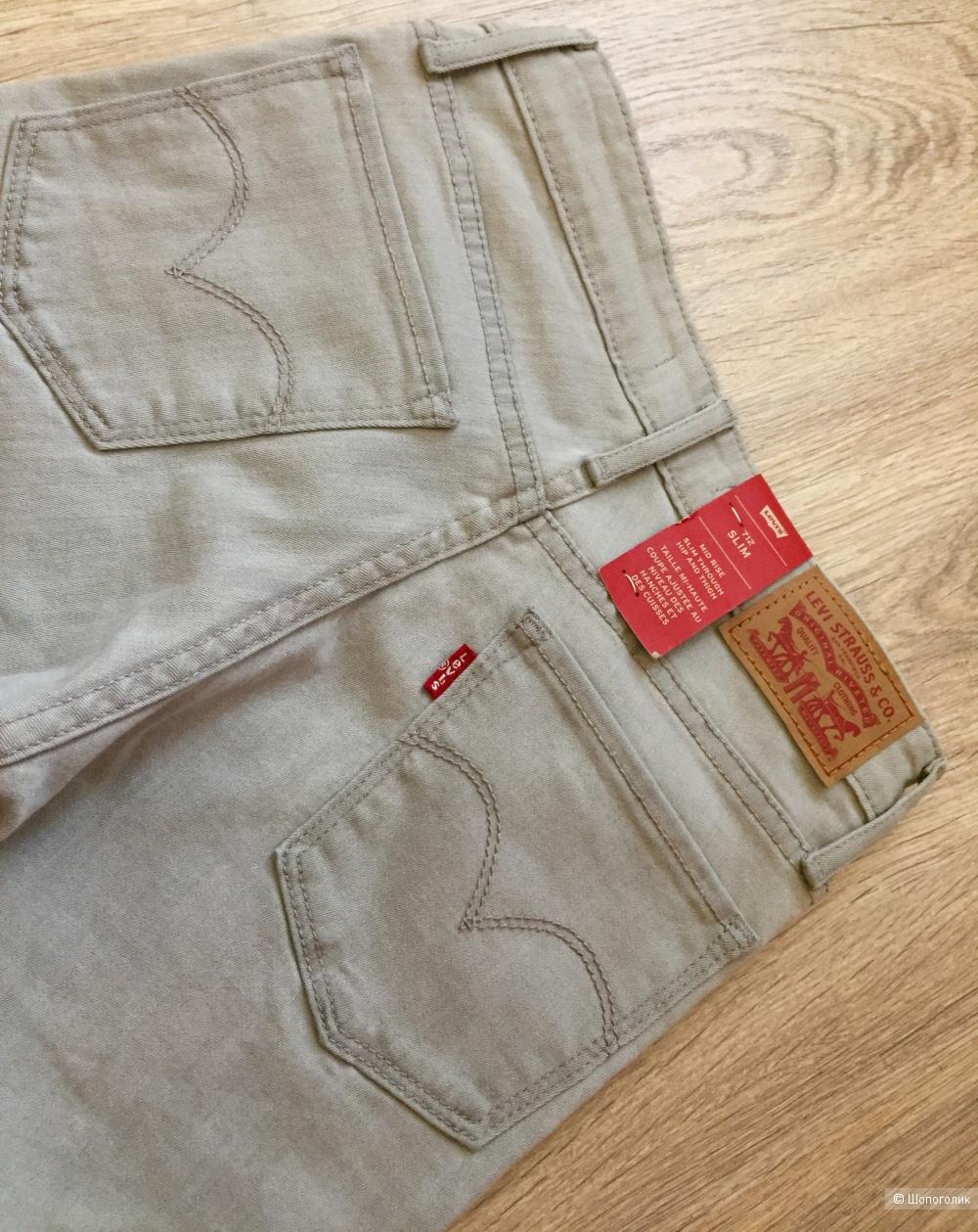 Levi's джинсы 42