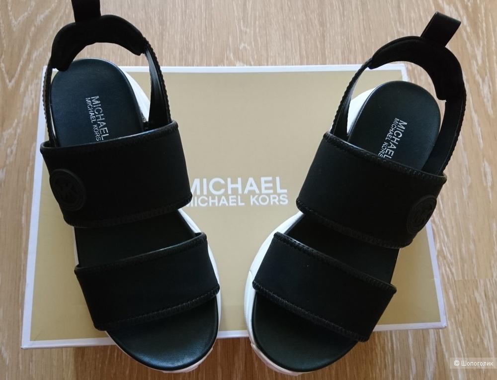 Сандалии Michael Kors размер 5M(35)