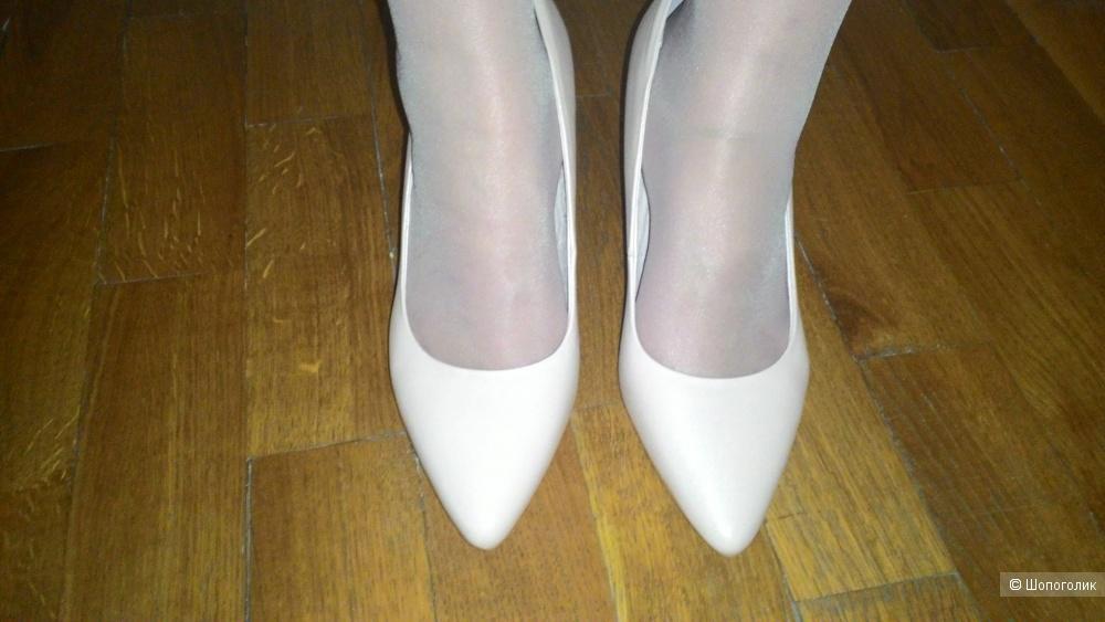 Туфли Pierre cardin  Paris, 37 размер, цвет бежевый