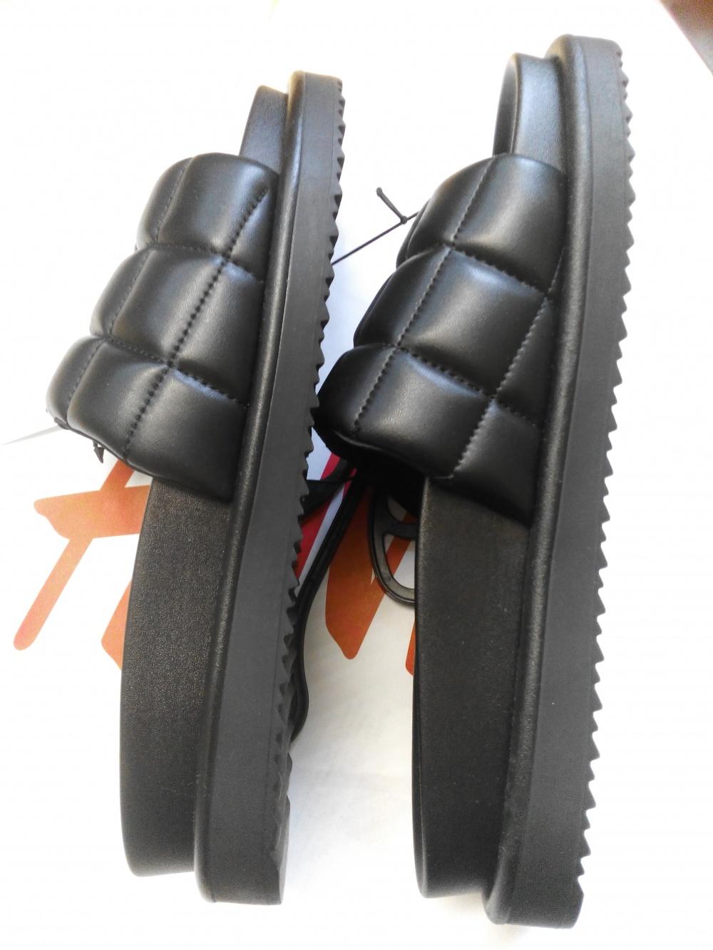 Шлепанцы HM, 40 размер