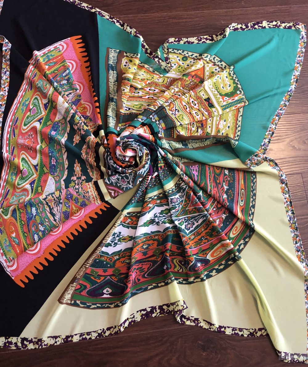 Платок Silk 130*130