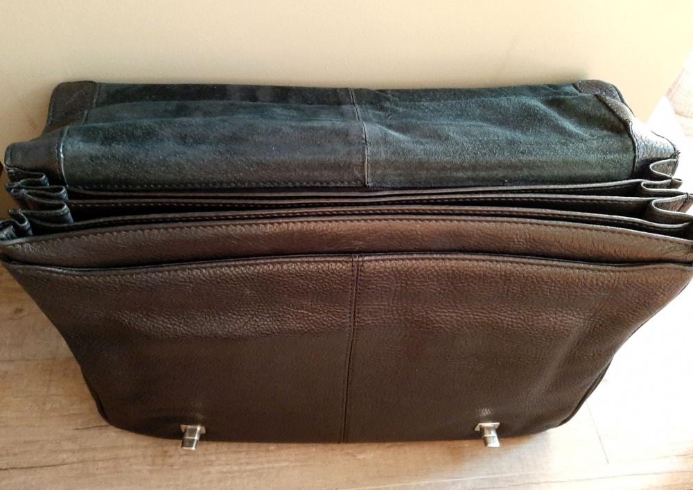 Кожаный портфель Dr.Koffer NEW YORK с плечевым ремнём