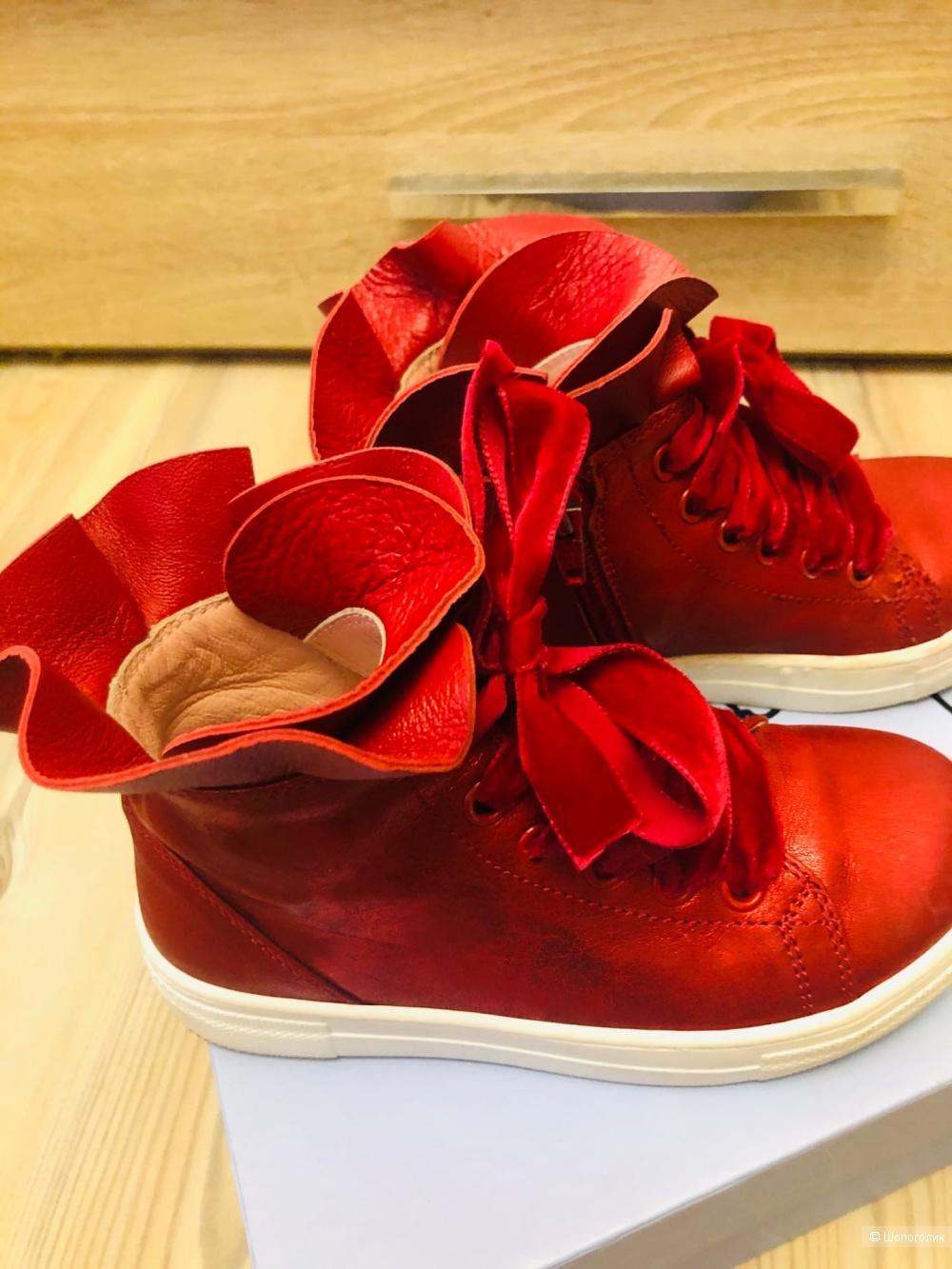 Ботинки Mi Mi Sol. Размер 28.