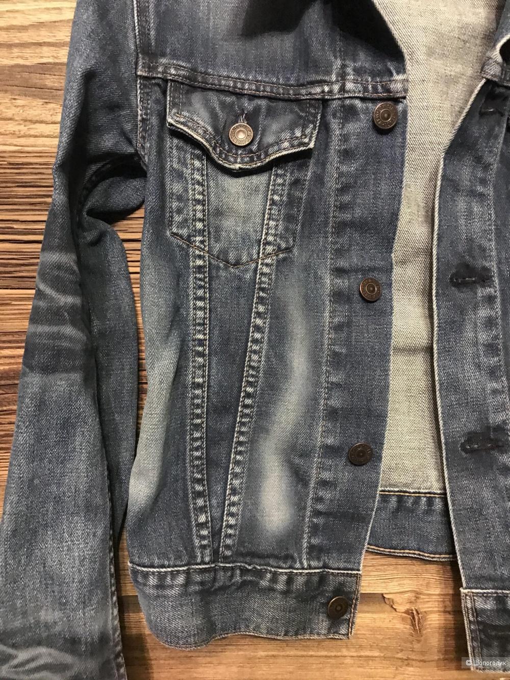 Джинсовая куртка Levi's xs-s