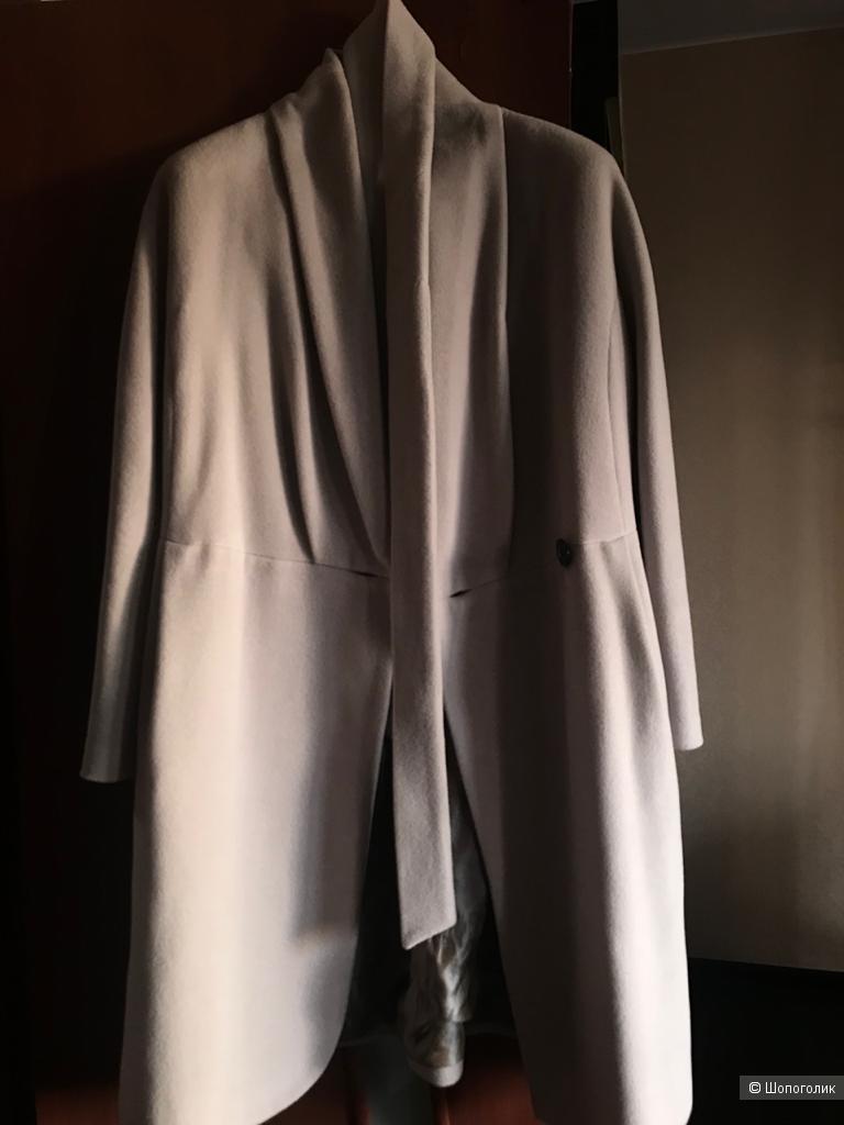 Демисезонное пальто kroyyork светло-серый р-р 46-48  вместе со снудом