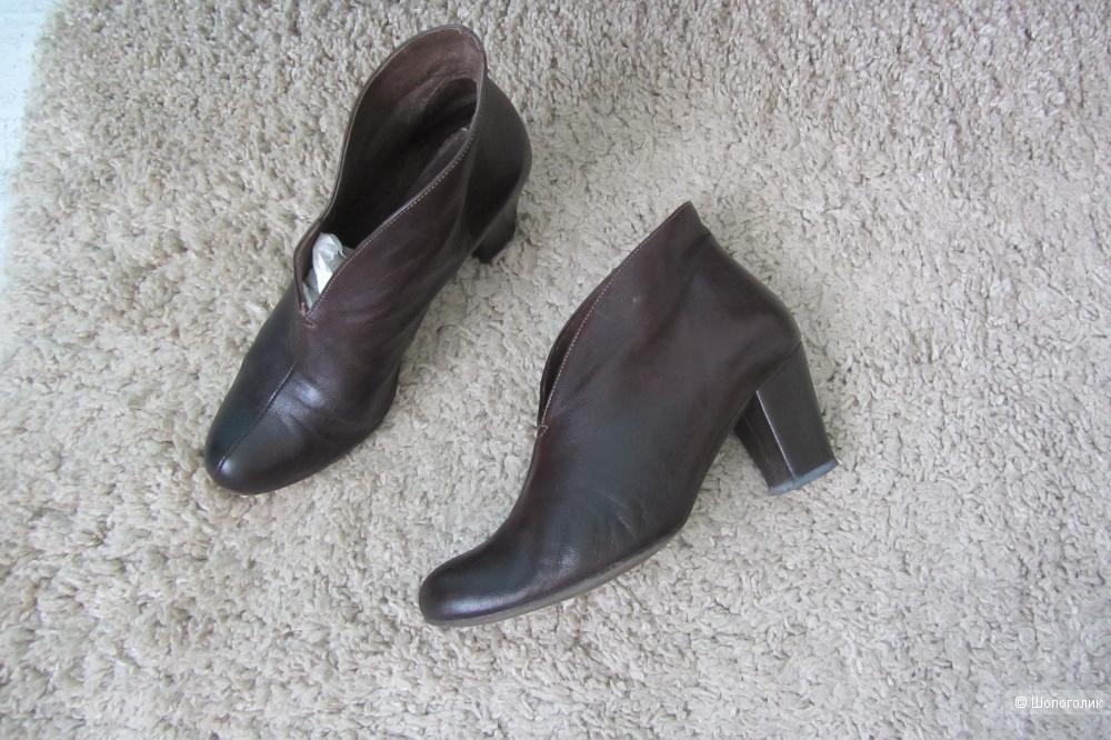 Ботинки/ботильоны PEDRO MIRALLES, размер 39
