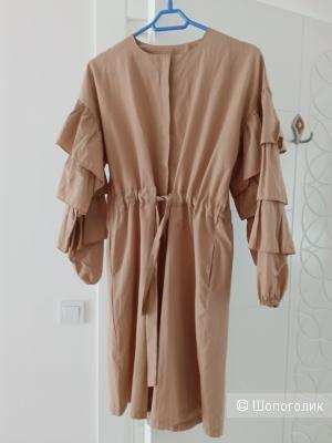 Платье CLB маркировка L,маломерит